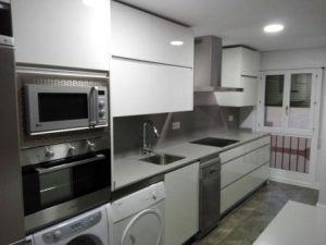 Cu nto cuesta reformar una cocina licencia apertura for Cuanto cuesta una cocina completa