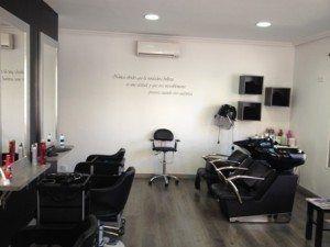 Cu nto cuesta montar una peluquer a gastos abrir una - Ideas para decorar una peluqueria ...